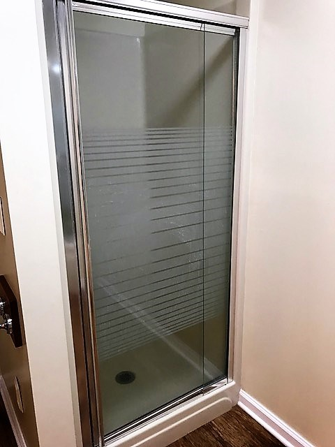 In addition, there is a separate shower